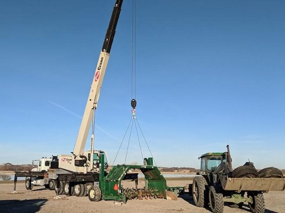 Crane and rigging services by Pro Crane in Norfolk, NE